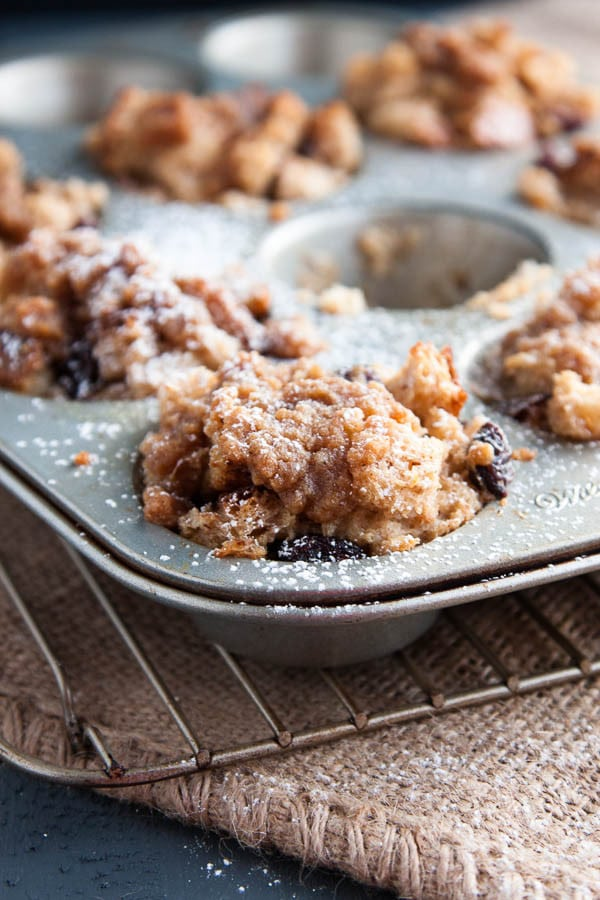 French Toast Bites are sprinkled with chewy raisins and drizzled with a sweet and crunchy brown sugar cinnamon topping.
