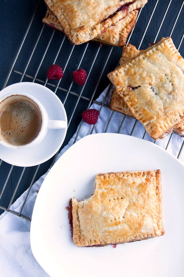 If you love breakfast pastries, then you will love these Homemade Raspberry Pop Tarts! All the flavor without the fake ingredients! | breakfast for dinner