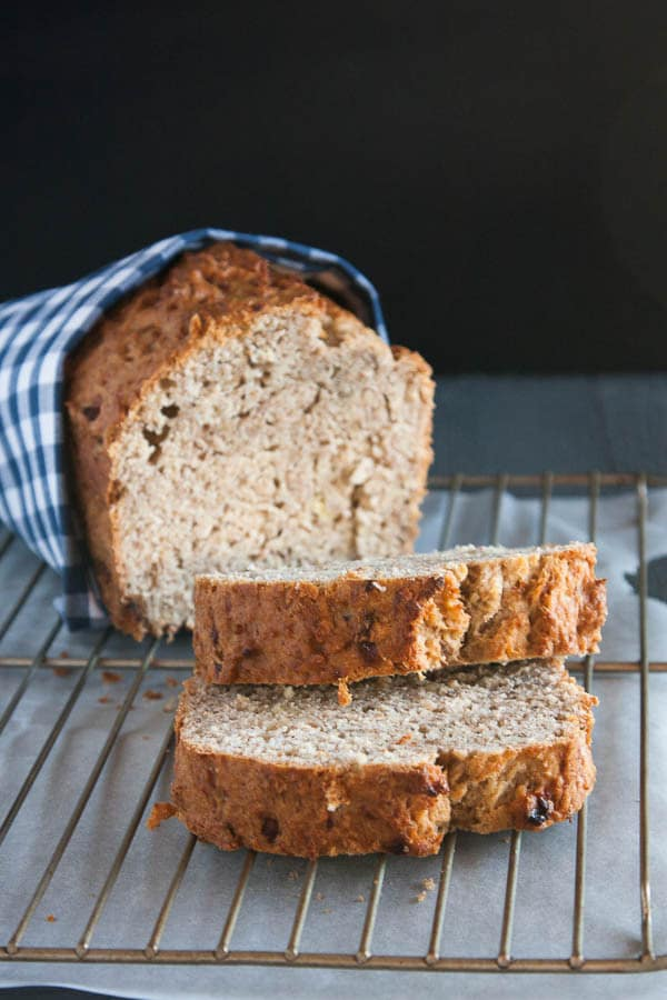 Who doesn't like banana bread?! Make it healthier with this 100% Whole Wheat Banana Bread.